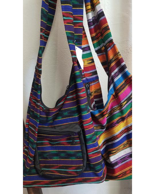 Typische Umhängetasche aus Guatemala